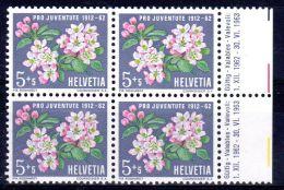 1962, Fleurs Pommiers, YT  700 En Bloc De 4 TP's, Neuf **, Lot 48262 - Pro Juventute