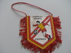 Fanion Football - WASQUEHAL CAPREAU - Habillement, Souvenirs & Autres