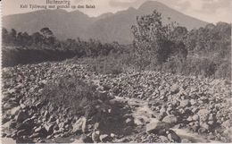 LB 28 : Indonésie :   Carte Carnet : Paysage  Buitenzorg    , Kali  Tijliwong Met  Gezicht Op Den  Salak - Indonesien