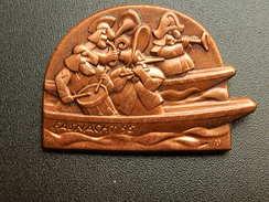 Broche -  CARNAVAL DE BALE  Suisse - FASNACHT 1995  - Cuivre - Jetons & Médailles