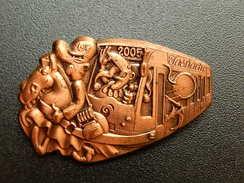 Broche -  CARNAVAL DE BALE  Suisse - FASNACHT 2005  - Cuivre - Jetons & Médailles
