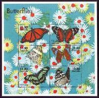 GRENADA   3033  MINT NEVER HINGED MINI SHEET OF BUTTERFLIES-INSECTS   # M-356-2  ( - Vlinders