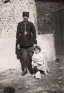 Photo Originale Gendarme Daniel De Bourg-Achard (27310) Et Sa Fille Germaine Le 15 Juillet 1941 - Pour Oncle Jules ! - Professions