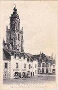 44. LE CROISIC. Une Partie De La Grande-Rue Et Le Clocher De L'Eglise. 42 - Le Croisic