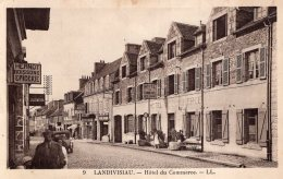 V10397 Cpa 29 Landivisiau - Hôtel Du Commerce - Landivisiau