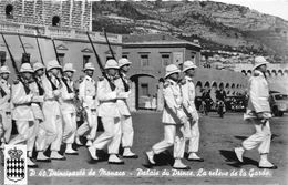 MONACO- PALAIS DU PRINCE , LA RELEVE DE LA GARDE - Prince's Palace