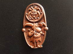Broche -  CARNAVAL DE BALE  Suisse - FASNACHT 1985  - Cuivre - Jetons & Médailles