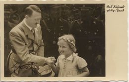 Militaria WW2 - Adolf Hitler Avec Une Petite Fille - Photo Dédicacée - 1939-45