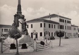 10923-ERACLEA(VENEZIA)-MONUMENTO AI CADUTI E MUNICIPIO-1956-FG - Venezia