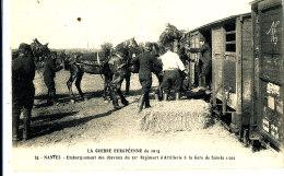 AF 876* / C P A  -NANTES  (44)  EMBARQUEMENT DES CHEVAUX DU 51° REGIMENT D'ARTILLERIE A LA GARE DE SAINTE LUCE - Nantes