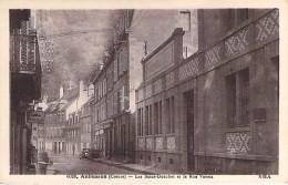 23 - AUBUSSON : Les Bains Douches Et La Rue Vaveix ( Pub MOBILOIL Mobil Oil ) - CPA - Creuse - Aubusson