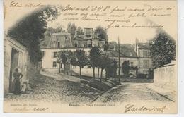 ECOUEN - Place Edouard Frère - Ecouen