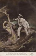 CPA COUPLE SURREALISME ESPAGNE BATEAU DRAMATIQUE TITANIC 1912 SUR MER NAUFRAGE SPANISH POSTAL ESPAÑOLA ANTIGUA - Couples