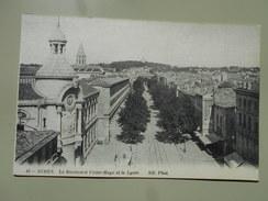 GARD NIMES LE BOULEVARD VICTOR HUGO ET LE LYCEE - Nîmes