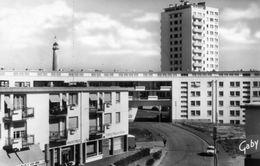CPSM  LORIENT - La Banane Et La Tour Du Port - Lorient