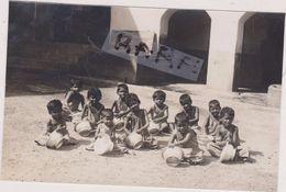 CARTE PHOTO,ASIE,ASIA,INDIAN,INDE ,CHILDREN,BENGALIS,TRAVAIL DES ENFANTS - Postcards