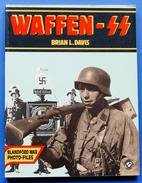 WWII - Brian L. Davis - Waffen SS - Blandford War Photo-Files - 1986 - Storia