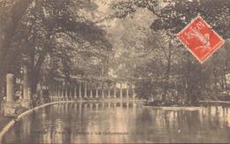 Paris Parc Monceau La Colonnade - Parks, Gardens