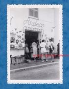 Photo Ancienne - VALLAURIS - Magasin ARDECO - 1955 - Art Deco Céramique Vase Artisan - Alpes Maritimes Provence - Professions