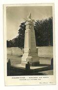 30 AIGUES VIVES CARTE PHOTO MONUMENT AUX MORTS  GUERRE PHOTO BEDOUIN NIMES GARD - Aigues-Vives