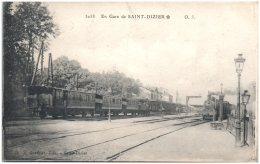 52 En Gare De SAINT-DIZIER  (Recto/Verso) - Saint Dizier