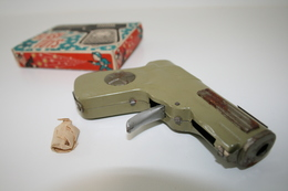 Vintage TOY GUN : MODERN TOYS - L=12cm - 1950-60s - Keywords : Cap Gun - Cork Gun - Rifle - Revolver - Pistol - Tin - Decotatieve Wapens