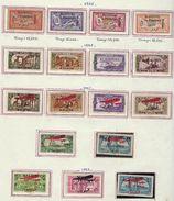 Alaouites, à La Page, Sur Charniére ( Poste Aérienne ) - Unused Stamps