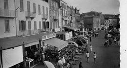 ST TROPEZ  /   83  /  VUE GENERALE   SUR LE QUAI    CPM / CPSM 9 X 14 - Saint-Tropez