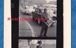 3 Photos Anciennes Sur Planche Contact - BRESIL ? BRASIL ? - Vendeur De Journaux - Journal Newspaper - Métiers