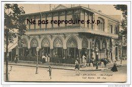 - 19 -  ARCACHON - Côte D´Argent, Café Repetto, Belle Animation, Non écrite, TBE, Scans. - Arcachon