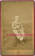 CDV Vers 1880-enfant-petit Garçon Et Sa Trompette-musique-photo E. Léon à Grenoble Et Uriage Les Bains - Old (before 1900)