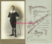 CDV Enfant-jeune Garçon  Et Son Jouet Cerceau-photo Samaritaine à Paris - Oud (voor 1900)