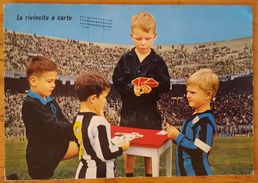 LA RIVINCITA A CARTE - BAMBINI GIOCANO A CARTE ALLO STADIO - INTER JUVENTUS 1971 Children Stadium Football Stade - Fussball