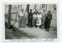 BUCOVINA - VIJNIȚA - WYŻNICA 1937 - GRĂNICERI AND POLISH TOURISTS - Oekraïne