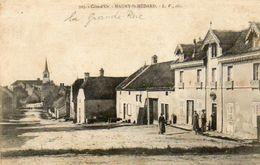 CPA - MAGNY-SAINT-MEDARD (21) - Aspect De La Grande-Rue Et De L'Hôtel-Restaurant , En 1904 - Autres Communes