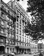 LYON    /   69  /  VUE GENERALE   SUR L'HOTEL CONTINENTAL   CPM / CPSM  10 X 15 - Otros