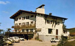 GERARDMER       /  88 /  VUE GENERALE SUR L'HOTEL DE LA MAUSELAINE   CPM / CPSM 10 X 15 - Gerardmer