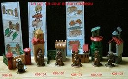 Kinder Métal 1997 : Série Complète La Ville Médiévale Avec 3 BPZ (6 Figurines + Décor Plastique) - Metal Figurines