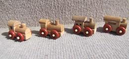 Kinder 1995 : Série Complète Les Locomotives En Bois (4 Figurines) - Lots