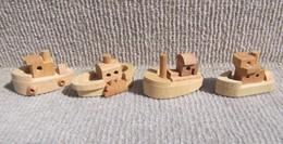 Kinder 1997 : Série Complète Les Bateaux En Bois Avec 1 BPZ (4 Figurines) - Lots