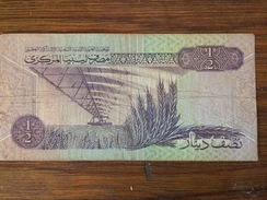 BANQUE DE LIBYE 1/2 - Libya