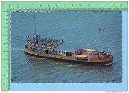 Trois-Rivière  Quebec Canada ( M.S. Jacques Cartier Trans-Kuebec Sur Le St-Laurent ) Post Card2 Scan - Trois-Rivières