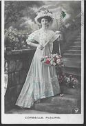 ! - Corbeille Fleurie - Jeune Femme Tenant Une Corbeille De Fleurs - Silhouettes