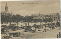 Roanne Place De L' Hotel De Ville Vespasienne Pissotières Pub Byrrh  Librairie Henry - Roanne