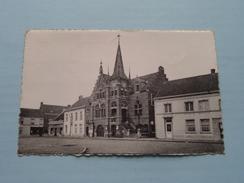Gemeentehuis - Bouwjaar 1887 ( Geysels Rudy > Praiss Werner ) Anno 1957 ( Zie Foto Details ) !! - Wommelgem
