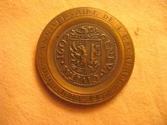 Suisse: Médaille Commémorative 350e Anniversaire De L'Escalade, Genève 1952 - Jetons & Médailles