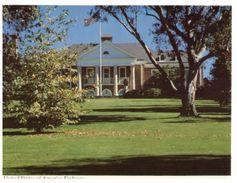 (329) Australia  - ACT - Canberra US Embassy - Canberra (ACT)