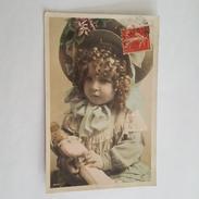 Poupée Ancienne - Doll - Fillette Au Jolie Chapeau - Jeux Et Jouets