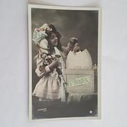 Poupée Ancienne - Doll - Fillette - Oeuf - Paques - Le Normand Photo - Jeux Et Jouets