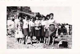 CAPRANICA VITERBESE - VITERBO - ALUNNE IN GITA FOTO DEL 1961 ANIMATA CON PULMAN - DIDASCALIA SUL RETRO - Lieux